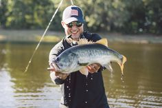 Work a little Red, White, and Blue into your weekend… Phil reeled in this largemouth bass while rocking his throwback Rip Tide Trucker Hat! Costa Sunglasses, Sunglasses Shop, Peacock Bass, Fishing Techniques, Largemouth Bass, Bass Fishing, Little Red, Hat, Blue