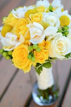 yellow wedding flower bouquet, bridal bouquet, yellow wedding flowers, add pic source on comment and we will update it. www.myfloweraffai...