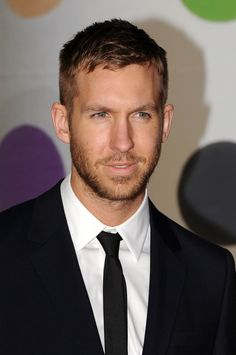 Did not realize Calvin Harris was such a Hottie McHot hot!!