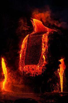 Parures Housses de Couette les Forces de la Nature Mother Earth, Mother Nature, Fire Flower, Lava Flow, Fire And Ice, Pics Art, Animal Tattoos, Science And Nature, Amazing Nature