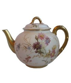 19th Century Royal Worcester Hand Painted, Floral Decorated Teapot. 5.75 Inches in Hieght, 7.25 Inches in Width (Approx)