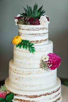 Photo by Clean Plate Photography   Florals & Decor by Michelle Bablo Design Studios