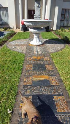 Mosaic Walkway, Pebble Mosaic, Garden Landscaping, Garden Design, Landscape, Outdoor Decor, Gardens, Home Decor, Front Yard Landscaping