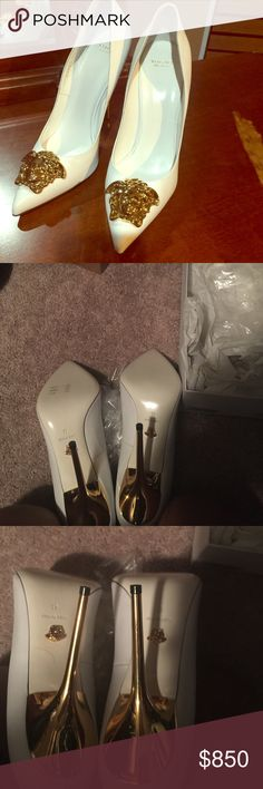 Versace women shoes with receipt new Only tried on at home that's why it's a Lil scuffing on bottom size 41 Versace Shoes Heels