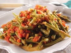 Theres nothing devilish about these deviled green beans kidney string beans and tomatoes food network recipestrisha forumfinder Image collections