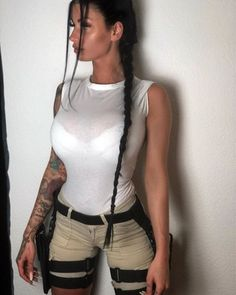 another wannabe tryyyy I like this so much what kind of character should I try? more lara croft? Cute Cosplay, Cosplay Girls, Girl Costumes, Costumes For Women, Tom Raider, Lara Croft, Angelina Jolie, Nice Tops, Female