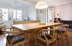 Comedor piso en venta en Sant Gervasi Bonanova Barcelona Apartment, Apartments, Conference Room, Dining Table, Furniture, Home Decor, Dining Room, Flats, Home