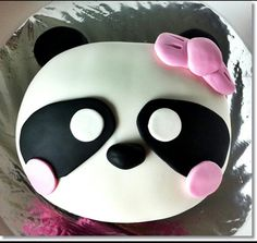 I soo want this cake! Just Cakes, Cakes And More, Beautiful Cakes, Amazing Cakes, Fondant Cakes, Cupcake Cakes, Panda Cakes, Panda Birthday, Panda Party