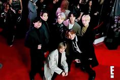 Animated gif discovered by LESLIE. Find images and videos about gif on We Heart It - the app to get lost in what you love. Jung Hoseok, Kim Namjoon, Kim Taehyung, Seokjin, Billboard Music Awards, Foto Bts, Bts Photo, Bts Suga, Bts Bangtan Boy