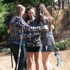 From huddles to cuddles, you'll always look #fierce in our Black Mosaic LAX Bella Hood!💪😊 #SportabellaLove