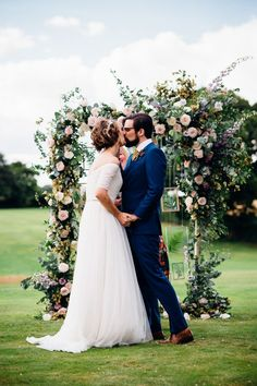 Floral Arch Altar | English Country Garden Wedding | Jenny Packham Wedding Dress | Outdoor Ceremony | Rustic Styling | Etsy Bridesmaid Dresses | Marianne Chua Photography | http://www.rockmywedding.co.uk/allie-sam/