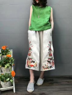 Chinese Vintage Embroidered Wide-Leg Pants Womans Wholesale Trousers in Black White One Size Iranian Women Fashion, Pakistani Fashion Casual, Linen Pants Women, Pants For Women, Clothes For Women, Fashion Pants, Boho Fashion, Fashion Dresses, Look Retro