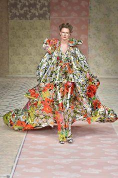 Richard Quinn Fall 2018 Ready-to-Wear Fashion Show Collection