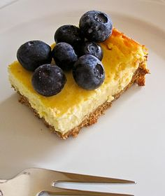 Food and Whine: Low-Fat Cheesecake Squares