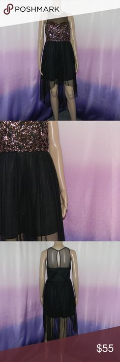 """New Akira Chicago Gold Sequin High Low Black Dress Size medium, new with tags, zipper back, keyhole and button neck, 100% polyester, lining: 95% polyester 5% spandex, 16.5"""" bust, 35"""" long front, 49"""" long back -Sorry NO TRADES and NO HOLDS -Ships from California -Comes from smoke free, dog friendly homes -I can't model at this time, the mannequin measurements are 32.5"""" bust, 24"""" waist, 34"""" hips, and is 5'10"""" and a size S/M -Items are measured by hand and done laying flat AKIRA Dresses High…"""