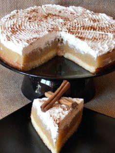 as minca o felie de tort diplomat zice petruta dinu No Cook Desserts, Sweets Recipes, Easy Desserts, Cake Recipes, Romanian Desserts, Romanian Food, Pie Dessert, Sweet Tooth, Bakery