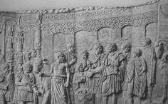 Podul de la Drobeta reprezentat pe Columna lui Traian