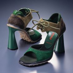 Green suede and enamel, rubber sole, plastic heeled heels Miu Miu 1999 90s Boots, Miu Miu Sandals, Plastic Heels, Miuccia Prada, Driving Shoes, Green Suede, Casual Heels, Prada Shoes, Vintage Shoes