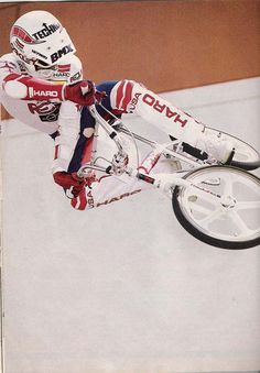 rl's 84 white prostyler pics - Riding, Research & Collecting - BMX . Vintage Bmx Bikes, Retro Bicycle, Cycling Art, Cycling Quotes, Cycling Jerseys, Bmx 16, Haro Bmx, Bmx Cycles, Bmx Cruiser