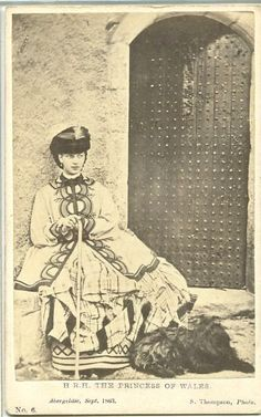 The Princess of Wales civil war era porkie pie hat