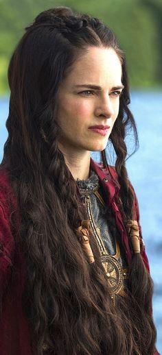 medieval long braided hairstyle - Google-haku