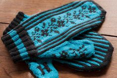 Make your mark on these cute, vintage inspired Personalized Mittens. The flowery motif on the back of the mittens is based off of an old embroidery chart. A letter of your choice adorns each thumb, so you can put your own personal stamp on these mittens.