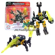 "Hasbro Transformers UNIVERSE Series Scout Class 5"" Tall Figure - Terrorcon INSECTICON with Energon Chain Gun, Star and Sword (Beast Mode: Beetle)"