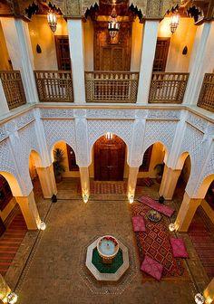 Riad Kniza, courtyard, Marrakech (John Houghton)