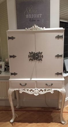 Beautiful Up cycled Queen Anne Drinks Cocktail Cabinet shabby chic louis