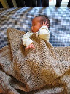 Heavenly Baby Blanket by Joyce Nordstrom: http://www.ravelry.com/patterns/library/heavenly-baby-blanket