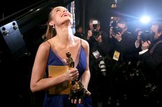 "Brie Larson was understandably ecstatic after she WON her first Oscar for Best Actress for her performance in the film ""Room. The Scene Aesthetic, Film Aesthetic, Brie Larson, Brave, My Future Job, Oscar Wins, Dream Job, Dream Life, Dream Career"