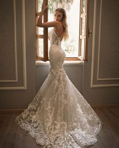 33 Lace Wedding Dresses That You Will Absolutely Love ❤ lace wedding dresses low back strapless neckline sexy pninatornai #weddingforward #wedding #bride #weddingoutfit #bridaloutfit #weddinggown