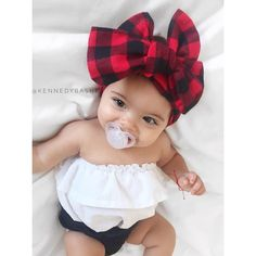 Baby monitor comes with many options, learn what's available and how to take full advantage of a baby monitor's capabilities here Baby Girl Fashion, Toddler Fashion, Kids Fashion, Cute Baby Girl, Cute Babies, Baby Kids, Outfits Niños, Kids Outfits, Baby Outfits
