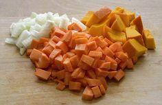 אוהבים מרקים? רוצים להכין סיר מרק מושלם ולהימנע מטעויות מיותרות? הנה 8 טעויות נפוצות שעושים בעת הכנת מרק + מגוון מתכונים שווים למרקים, קרוטונים ועוד...