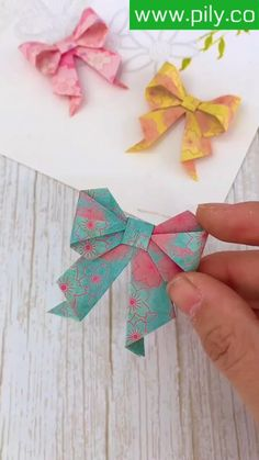 Diy Crafts Hacks, Diy Crafts For Gifts, Creative Crafts, Crafts To Sell, Handmade Crafts, Cool Paper Crafts, Paper Crafts Origami, Diy Paper, Instruções Origami