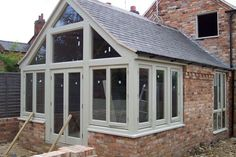 Best Conservatory Windows Inspiration And Idea Conservatory Windows Ideas 12 Orangerie Extension, Conservatory Extension, Cottage Extension, House Extension Design, House Design, Conservatory Ideas, Extension Ideas, Orangery Extension Kitchen, Orangery Conservatory