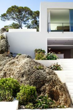 House by Luis Laplace, architect, in Ibiza, Spain