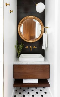 Inside the Bathrooms (Yes, Plural) of Whitney Port's Dreams Bathroom Design Small, Bathroom Interior Design, Modern Bathroom, Small Bathroom Paint, Guest Bathrooms, Bathroom Renos, Vanity Set Up, Toilette Design, Whitney Port