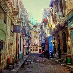 .@eddga | #urbandecay #streetphotography | Webstagram - the best Instagram viewer