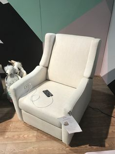 This nursing chair that lets you charge your phone as your nurse. | 17 Incredibly Cool Parenting Products You Need In 2017