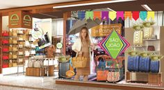 Dicas de vitrines de festa junina   Vitrines decoradas para o São joão em Visual Merchandising