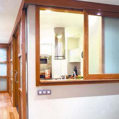 Как виртуозно решить проблему комнаты без окон. Как сделать ее комфортнее, несмотря на отсутствие окна. 15 приемов - от декоративных до технологических.