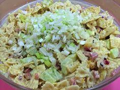 Liian hyvää: Hedelmäinen broileri-pastasalaatti Potato Salad, Food And Drink, Potatoes, Ethnic Recipes, Potato