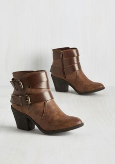 chocolate brown heeled boots