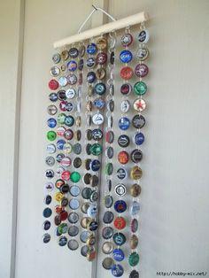 Diy Bottle Cap Crafts 505880970614947203 - Beer Bottle cap wind chime – omg I'm making on for dad! Beer Bottle Crafts, Beer Cap Crafts, Bottle Cap Projects, Diy Bottle, Carillons Diy, Crafts To Make, Arts And Crafts, Bottle Cap Art, Bottle Opener