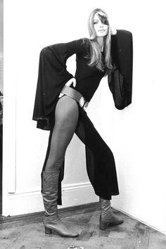 1970's Fashion Photos & Style Icons - 70's Trends & Fashion - Harper's Bazaar - Veruschka