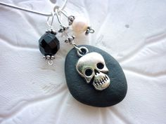 Sea Glass Beach Stone Necklace - Black Halloween,Punk Gothic Skull