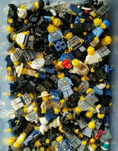 Lego Minifigure lot x4 City Police Cops Robbers bad guys & Accessories MINIFIGS #LEGO