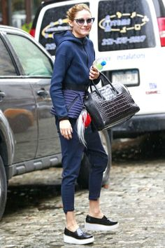 4/4 #オリビア・パレルモ #ペプラムジャケット #スラウチパンツ #厚底スリッポン  海外セレブ最新画像・私服ファッション・着用ブランドまとめてチェック DailyCelebrityDiary*