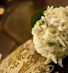 www.italianfelicity.com #weddingdetails #bouquet #ranunculus